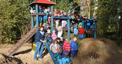 Neues Spielgerät für den Kindergarten Ilvese