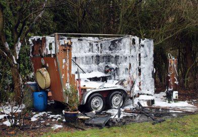Wohnwagen gerät in Brand