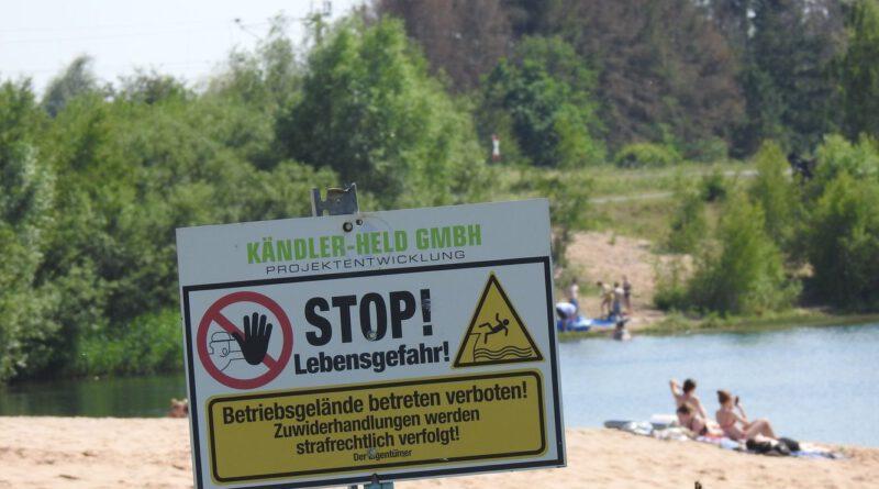 Illegale Nutzung des Kiesteiches in Windheim als Badesee