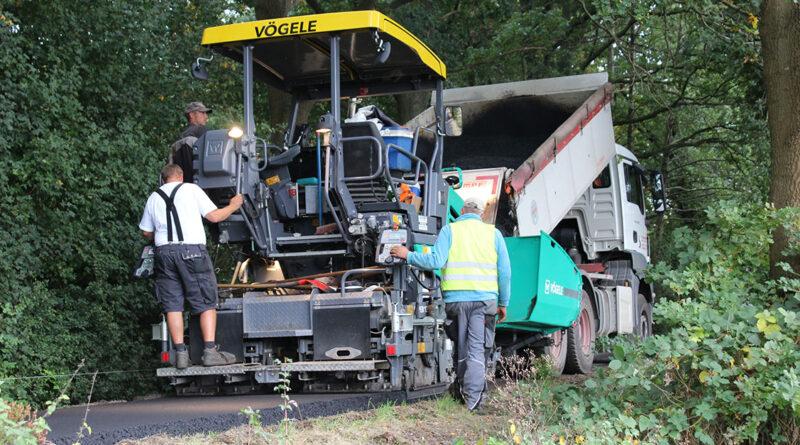 Sanierung des Weserradwegs – Neue Asphaltschicht auf fünf Kilometern Länge