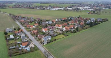 Kutenhausen bekommt neue Ortsteilschilder