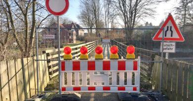 Radwegbrücke über die Ösper gesperrt